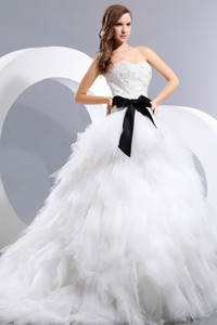 Beautiful Sweetheart Chapel Train Taffeta And Tulle Appliques And Bow Wedding Dress