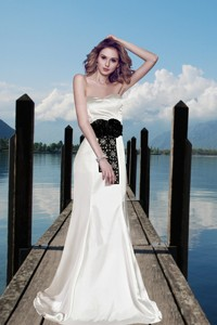 Simple Column Sweetheart Beading Wedding Dress With Brush Train