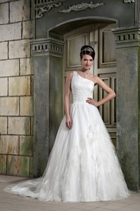 Beautiful One Shoulder Court Train Tulle And Taffeta Feather Wedding Dress