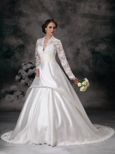 Pretty V-neck Court Train Satin Lace Wedding Dress