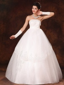 Designer Ball Gown Strapless Appliques And Hand Made Flower Church Wedding Dress Custom Mad