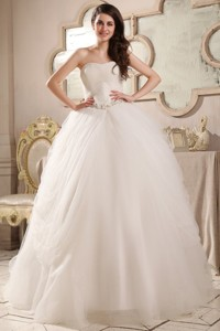 Sweetheart Ball Gown Beaded Decorate Waist Tulle Wedding Dress