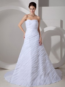 Beautiful Sweetheart Court Train Chiffon Ruch Wedding Dress