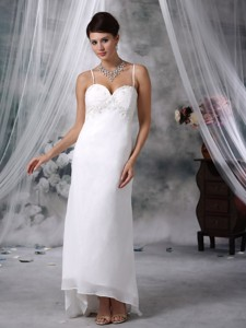 Lovely Column Spaghetti Straps Floor-length Chiffon Appliques Wedding Dress