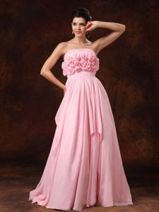 Handle-Made Flower Strapless Pink Empire Chiffon Court Train Wedding Dress