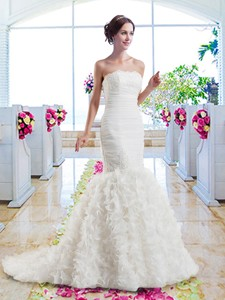 Hot Sale Mermaid Strapless Wedding Dress With Ruffles