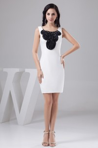 Beading And Black Rolling Flowers Accent Mini Scoop Neck Wedding Dress