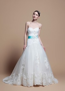 Romantic A Line Sweetheart Appliques Wedding Dress With Belt