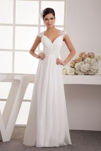 Classical Appliques Long Wedding Dress With Appliques