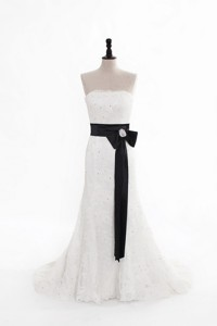 Perfect Column Strapless Wedding Dress With Beading And Belt