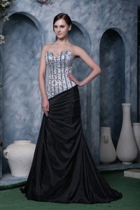 Evening Dress Sweetheart Elastic Woven Satin Beading Brush Train