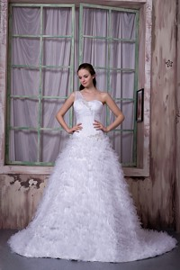 Fashionable One Shoulder Court Train Satin And Tulle Appliques Wedding Dress
