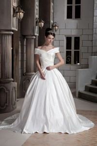 New Princess Off The Shoulder Court Train Satin Ruch Wedding Dress