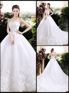 New Style Ball Gown Sweetheart Chapel Train Wedding Dress With Appliques