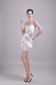 White Column/Sheath Sweetheart Mini-length Chiffon and Sequin Ruch Prom / Homecoming Dress