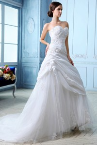 Sweet Sweetheart Court Train Tulleruch And Appliques Wedding Dress