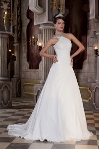 Beautiful One Shoulder Court Train Chiffon Beading Wedding Dress