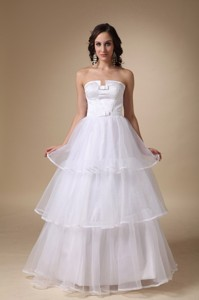 Elegant Strapless Floor-length Satin And Organza Layers Wedding Dress