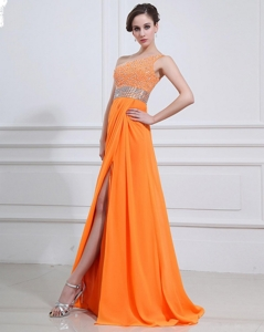 Exquisite Beading And High Slit Orange Prom Dress With Brush Train