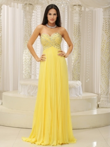 Yellow Sweetheart And Beaded Decorate Bust Pleat Prom Dress