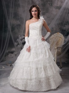 Nice One Shoulder Floor-length Taffeta And Lace Wedding Dress