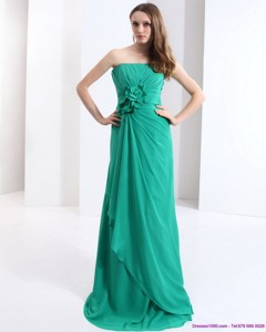 New Style Strapless Prom Dress With Hand Made Flowers And Ruching