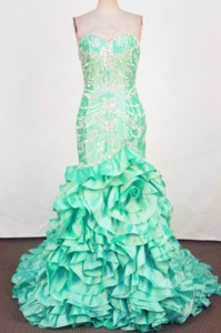 Luxurious Mermaid Sweetheart-neck Brush Green Appliques Prom Dress