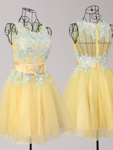 Exquisite Scoop Yellow Short Prom Dress with Appliques and Bowknot