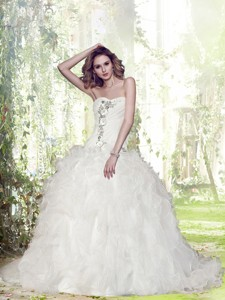 Gorgeous Ball Gown Court Train Beading Wedding Dress With Sweetheart