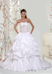 Lace Ball Gown Beautiful Wedding Dress With Chapel Train