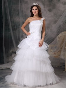 Popular One Shoulder Court Train Tulle Beading Wedding Dress