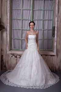 Gorgeous Strapless Chapel Train Taffeta And Lace Appliques Wedding Dress