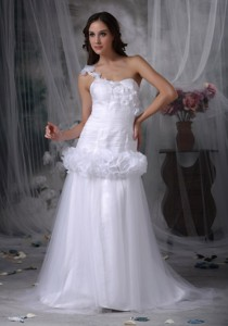 Beautiful One Shoulder Brush Train Taffeta And Tulle Hand Made Flowers Wedding Dress