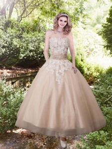 Sweet Strapless Ankle-length Wedding Dress With Appliques