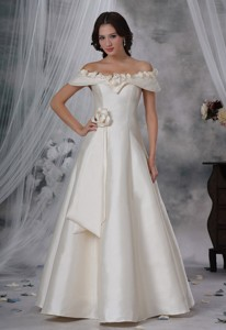 Waukee Iowa Beaded Decorate Off The Shoulder Hand Made Flower Floor-length Wedding Dress For
