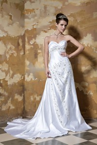 Beautiful Column Sweetheart Court Train Silk Like Satin Beading Wedding Dress