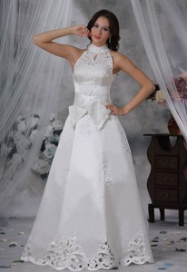 Waukon Iowa High-neck Appliques Sash Bow Satin Wedding Dress Fashionable Style