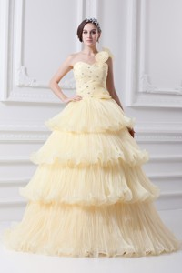 Beautiful One Shoulder Beading And Ruffled Layers Quinceanera Dress In Light Yellow