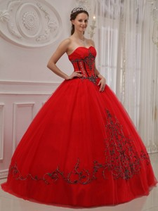 Red Ball Gown Sweetheart Floor-length Tulle Appliques Quinceanera Dress