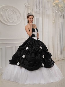 Black and White Ball Gown Sweetheart Floor-length Taffeta and Organza Beading Quinceanera Dress