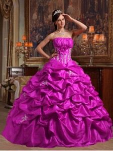 Fuchsia Ball Gown Strapless Floor-length Appliques Taffeta Quinceanera Dress