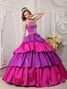 Multi-color Ball Gown Strapless Floor-length Taffeta Appliques Quinceanera Dress