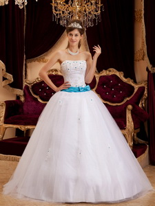 White Ball Gown Strapless Floor-length Satin Appliques Quinceanera Dress