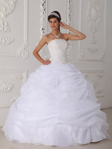 White Ball Gown Strapless Floor-length Organza Lace Quinceanera Dress