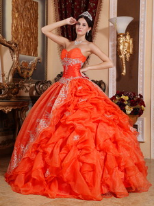 Red Ball Gown Sweetheart Floor-length Organza Beading Quinceanera Dress