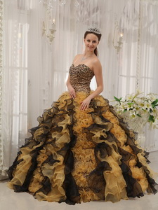 Multi-colored Ball Gown Sweetheart Floor-length Organza Beading Quinceanera Dress