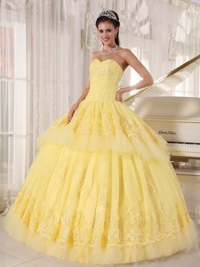 Yellow Ball Gown Sweetheart Floor-length Organza Appliques Quinceanera Dress
