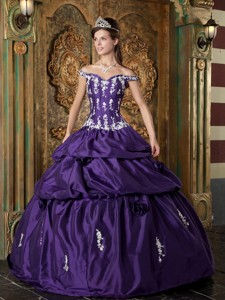 Purple Ball Gown Off The Shoulder Floor-length Taffeta Appliques Quinceanera Dress