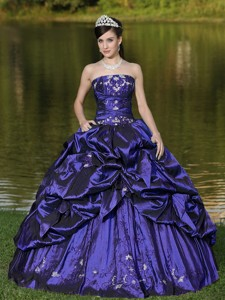 Custom Size Strapless Quinceanera Dress Beaded Decorate With Purple