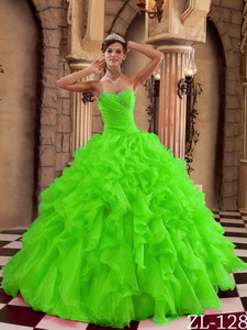 Spring Green Ball Gown Sweetheart Floor-length Ruffles Organza Quinceanera Dress